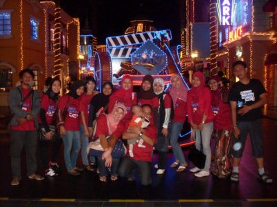 AstaMedia Family in Trans Studio Theme Park